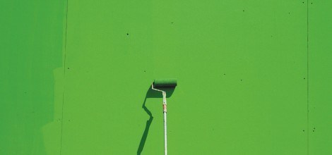Foto: Grüne Farbe an die Wand