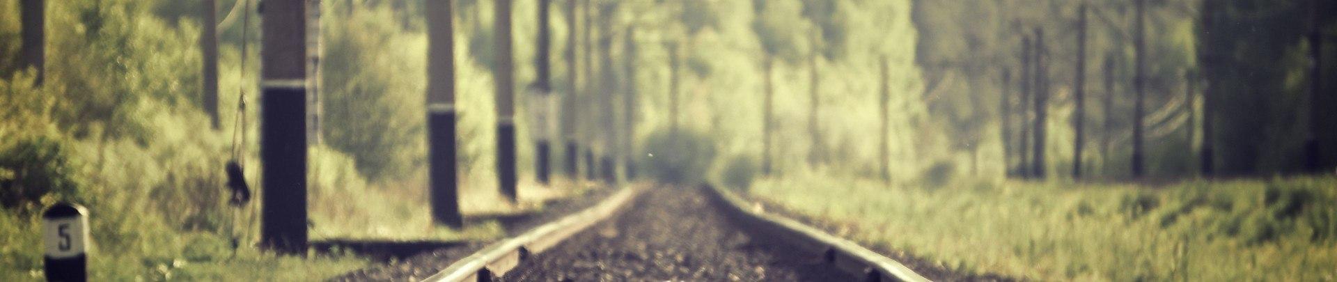 Foto: Schienenstrang zum Horizont