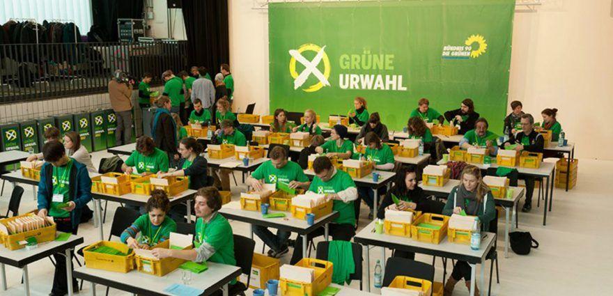 Foto: Auszählung der grünen Urwahl 2012