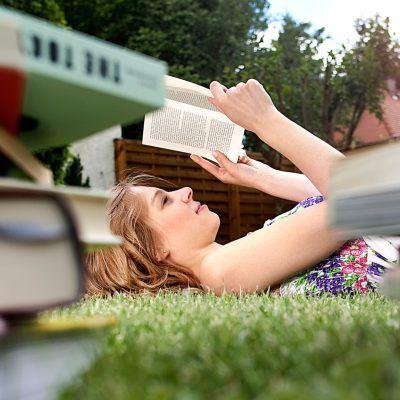 Bildnachweis: Frau beim Lesen