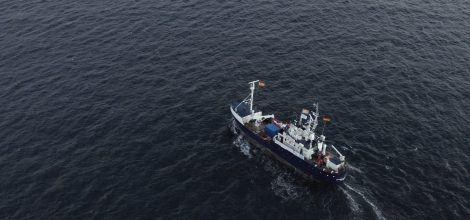 Das Rettungsschiff Alan Kurdi der Rettungsorganisation Sea Eye auf Einsatz im Mittelmeer