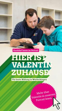 Foto: Valentin lernt mit einem Schüler am Tablet
