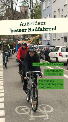 Foto: Lena Schwelling auf dem Fahrrad