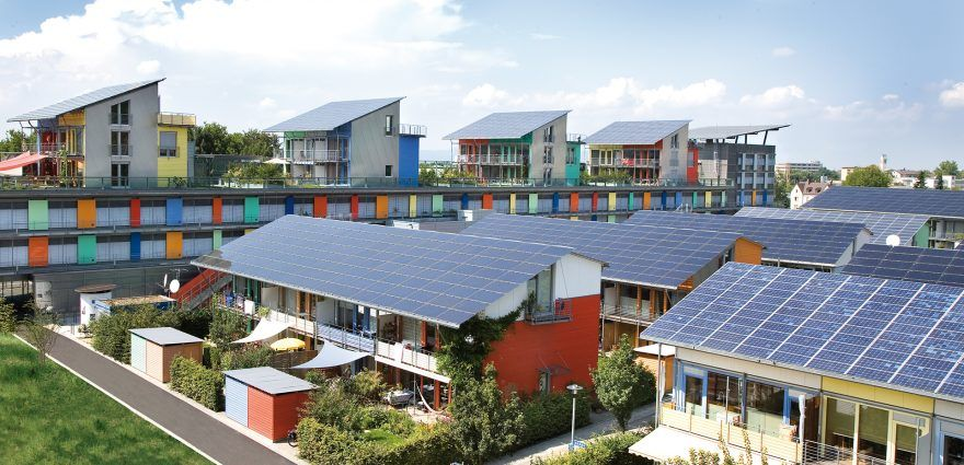 Foto: lus-Energie-Häuser der Solarsiedlung Freiburg