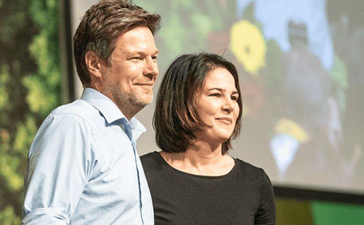 Annalena Baerbock und Robert Habeck nach Wiederwahl